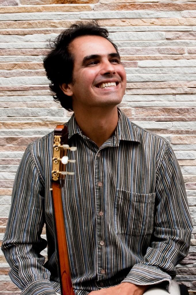 Show Chico Saraiva: Comboio de Cordas no Cultura Livre SP 13/nov/2011